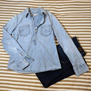 Pull-over Chambray Buton-Down